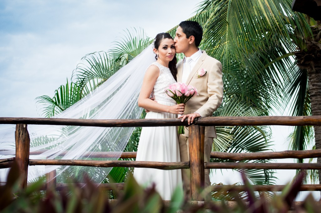 Puerto Vallarta Wedding Photogapher Moments PV-3