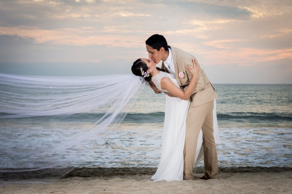 Puerto Vallarta Wedding Photogapher Moments PV-7